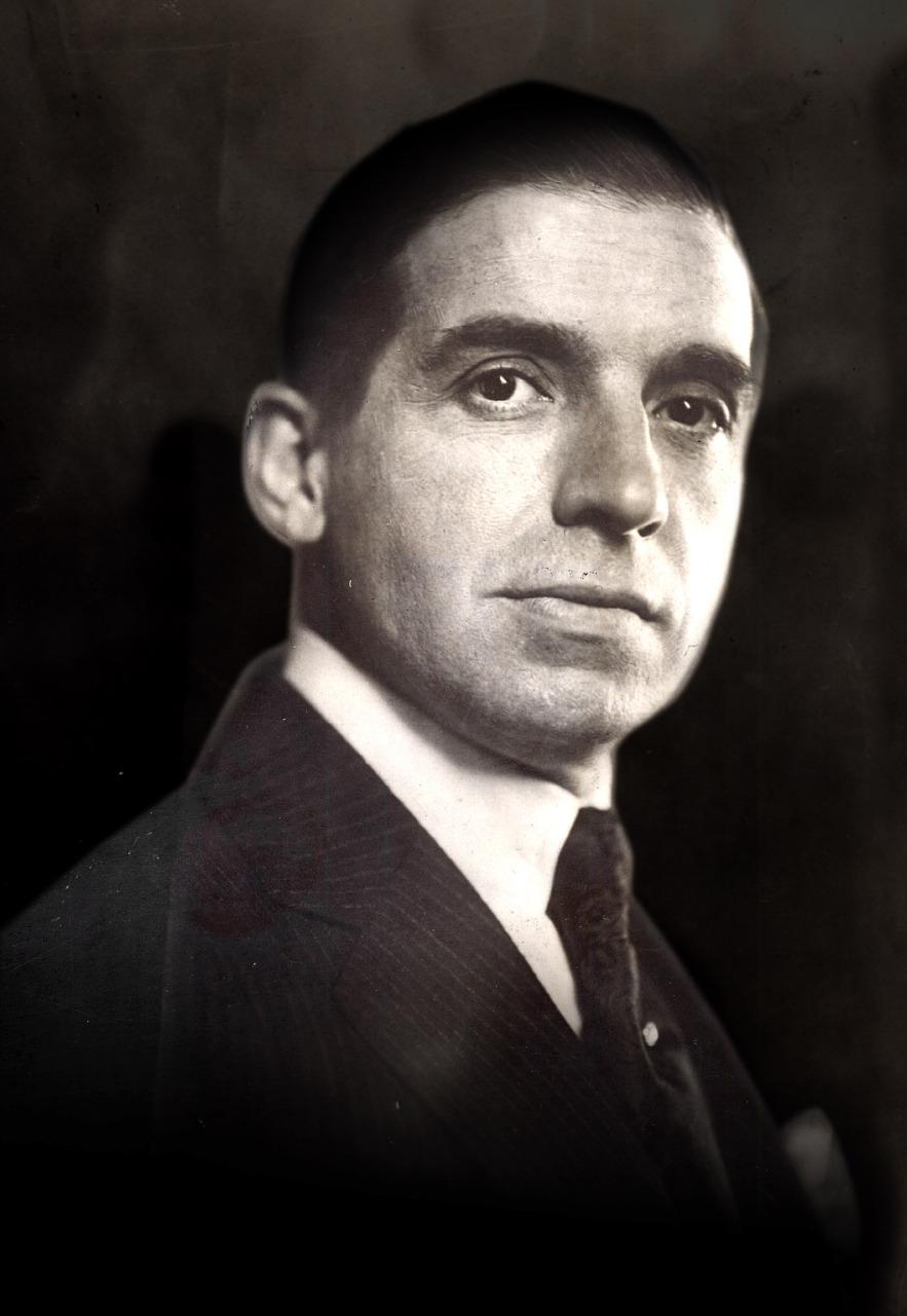 1-Charles-Ponzi