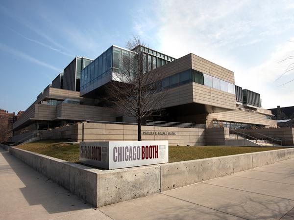 chicago_booth_exterior